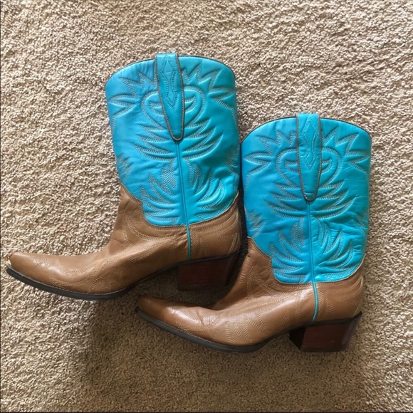 8e715c85635 Guess by Marciano Teal Cowboy Boots, 8-runs small